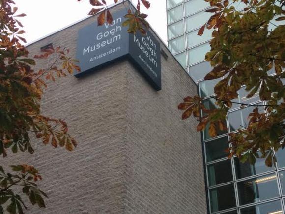 van-gogh-museum-herfst-trotse-moeders