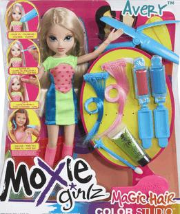 moxie-girlz-avery-trotse-moeders