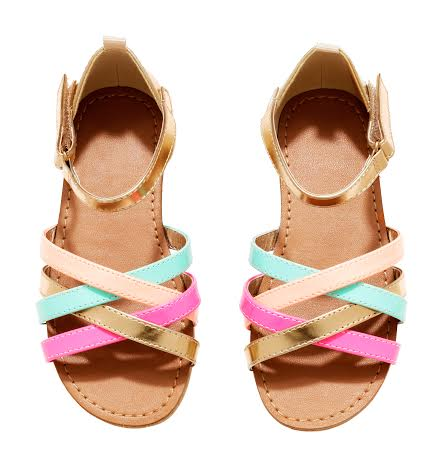 H-en-M-lente-collectie-trotse-moeders-schoen-2