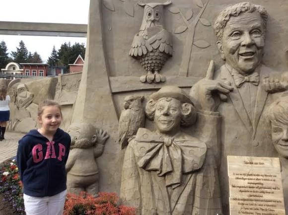 zandsculpturen-2015-trotse-moeders-12