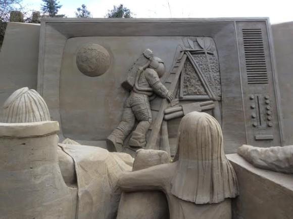 zandsculpturen-2015-trotse-moeders-14