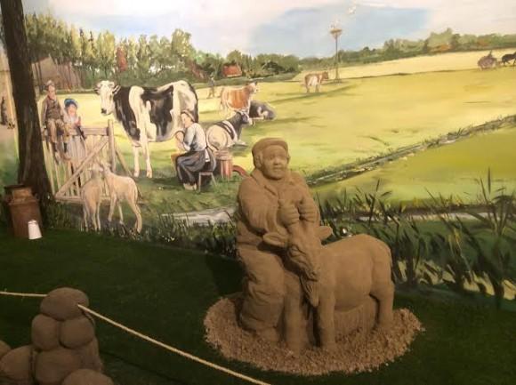 zandsculpturen-2015-trotse-moeders-18