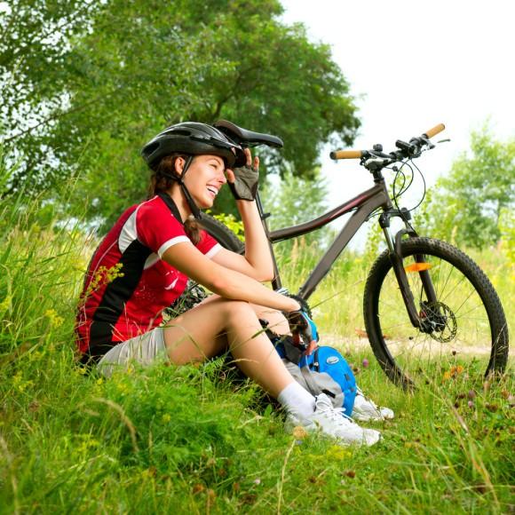 Biker-in-gras
