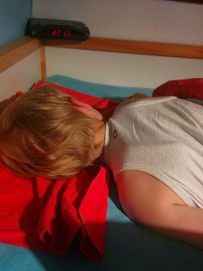 little-label-pyjama-slapen-copyright-trotse-moeders