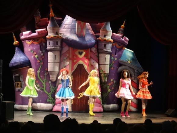prinsessia-optreden-plopsa-trotse-moeders