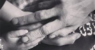 Handen papa en Jasmijn