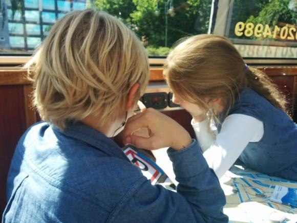 blue-boat-kinder-rondvaart-amsterdam-copyright-trotse-moeders-vaders-30