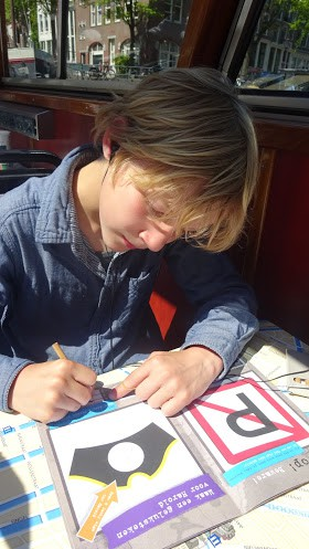 blue-boat-kinder-rondvaart-amsterdam-copyright-trotse-moeders-vaders-9
