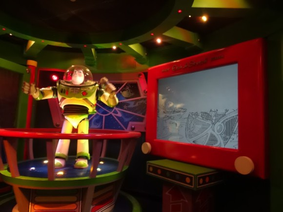 verslag-disneyland-parijs-paris-attractie-dag-copyright-trotse-moeders-buzz-lightyear