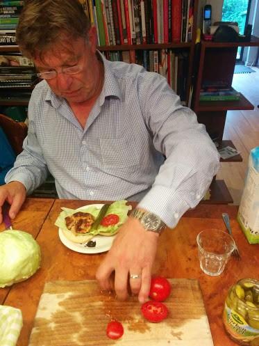 fun-burger-tonijn-recept-samen-koken-copyright-trotse-moeders-10