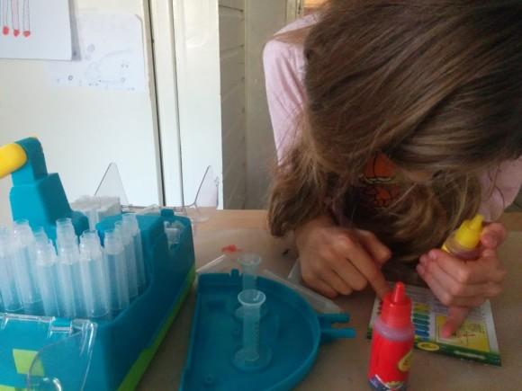 crayola-marker-maker-zelf-stiften-maken-copyright-trotse-moeders-5