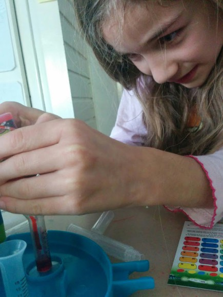 crayola-marker-maker-zelf-stiften-maken-copyright-trotse-moeders-6