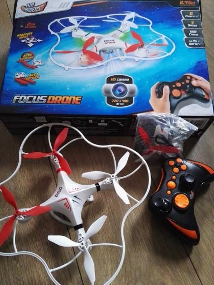focus-drone-compleet-recensie-copyright-trotse-moeders-2