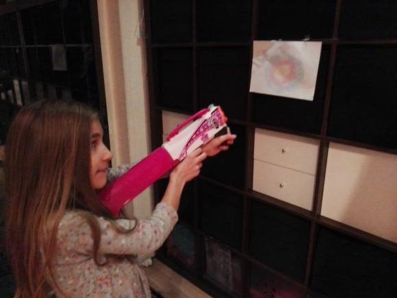 nerf-meisjes-tasje-geweer-schieten-spelen-roze-recensie-copyright-trotse-moeders-3