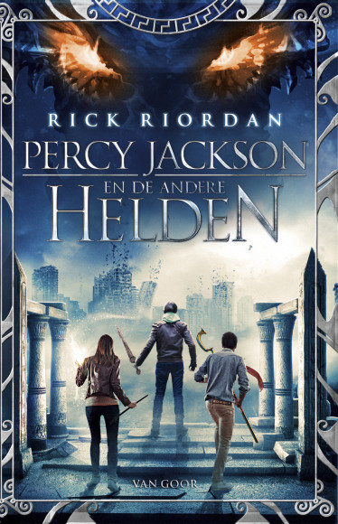 cover percy jackson en de andere helden