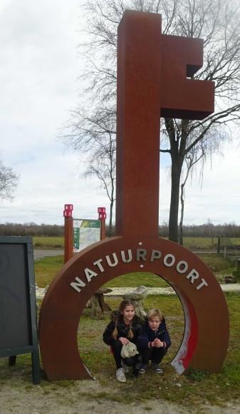 Toegang tot restaurant en boerderij natuurpark De peel Deurne