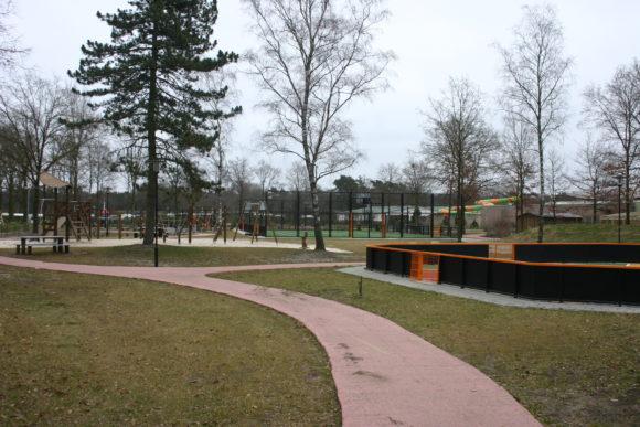 Vakanttiepark De Schatberg spel en sportpark overzicht