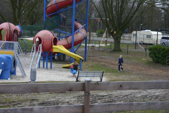 vakantiepark De Schatberg Buitenspeeltuin