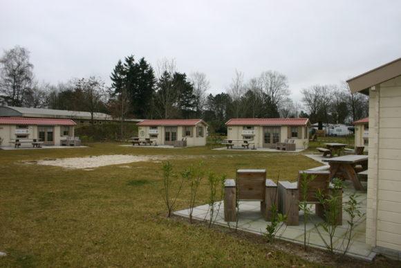 vakantiepark De Schatberg Veldje met Simple Camp tenten