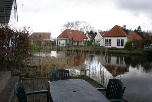 vakantiepark De Schatberg luxe bungalow aan het water
