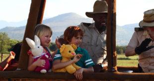 casper-en-emma-op-safari-trotse-moeders-trailer-informatie-3
