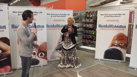 huisdierengeheimen presentatie NL stemmencast voorstellen Karin Bloemen