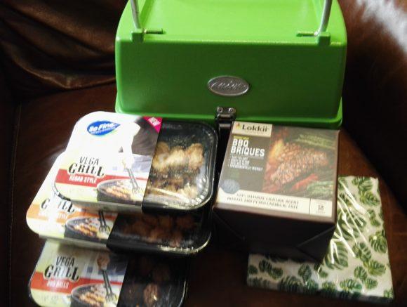 SoFine Foods verrassingspakket met Vega Grill en Groene Aniva barbecue