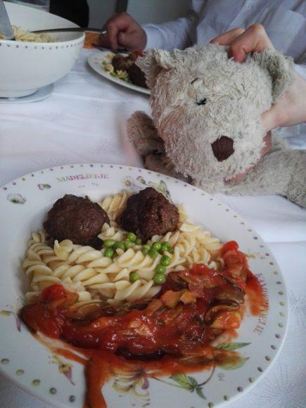 italiaanse-gehaktballen-saus-recept-copyright-trotse-moeders-3