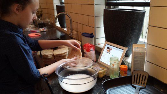 zelf-wentelteefjes-bakken-blog-recept-copyright-trotse-moeders-albertine-5