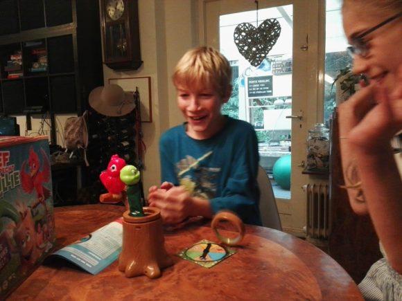 sjef-specht-willie-worm-spel-recensie-copyright-trotse-moeders-9