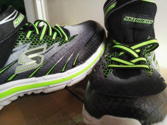 skechers-schoenen-puber-artikel-copyright-trotse-moeders-1