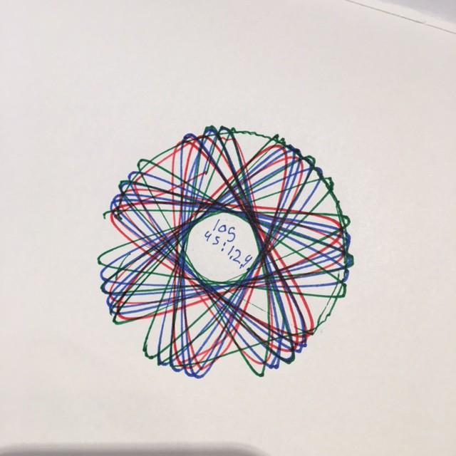 spirograph-resultaat-eigen-ontwerp