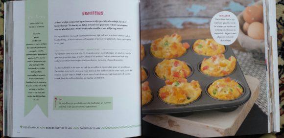 koekboek-binnenkant-met-muffins