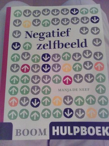 negatief-zelfbeeld-hulpboek-recensie-copyright-trotse-moeders-8