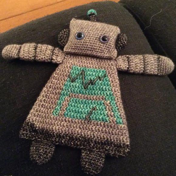 gehaakte-lappenpoppen2-robot-foto-copyright-trotse-moeders-isolde