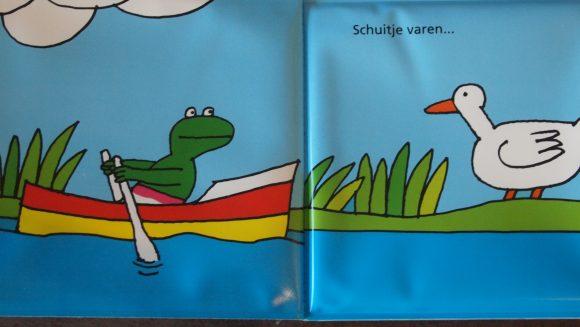 Kikker in het water, van Max Velthuijs, uitgebracht door Leopold