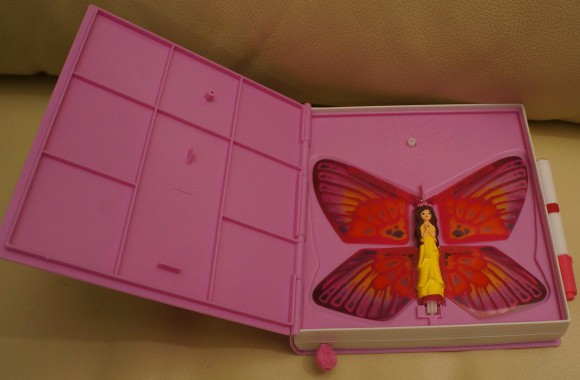 De 'pagina' waar de vlinder uit vliegt