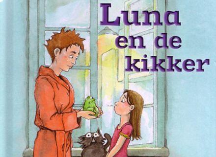 Luna en de kikker uitgelicht beeld