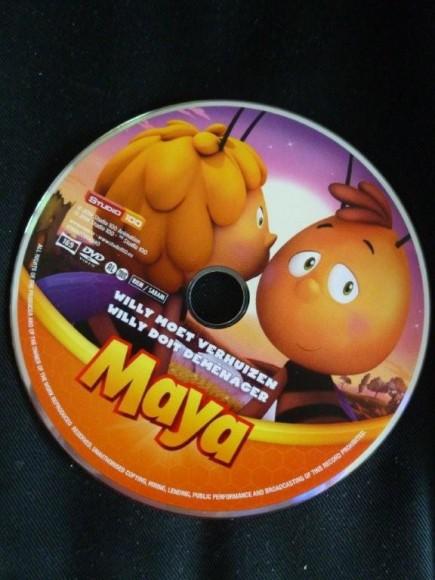 Maya de bij DVD Willy moet verhuizen