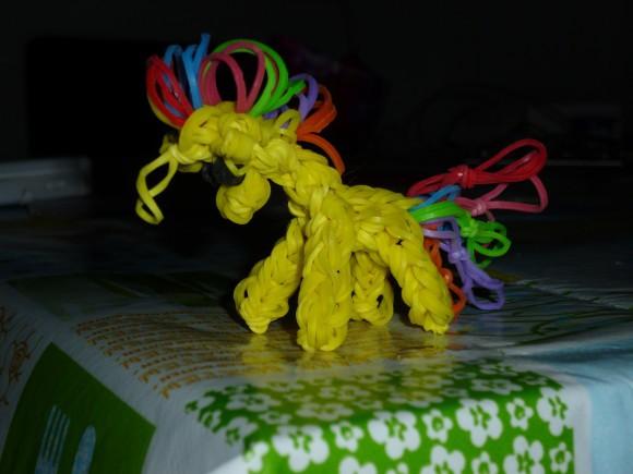 raibow loom paard
