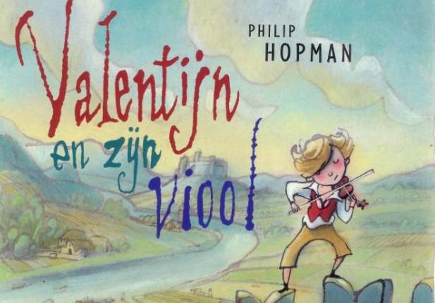 Valentijn en zijn viool liggend