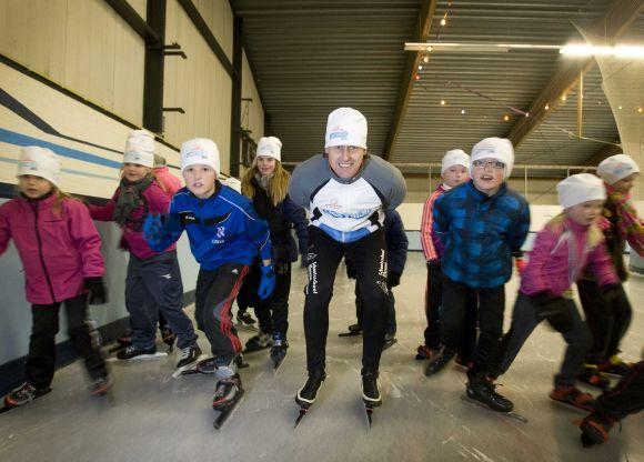ijsstrijd nierstichting schaatsen