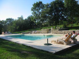 zwembad bij la mayne boulede