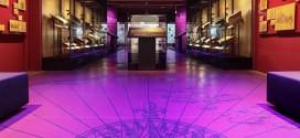Tentoonstelling Atlassen over de amsterdamse cartograaf Blaeu in het scheepvaartmuseum te Amsterdam